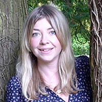 Helena, Graduate in Acupuncture and Naturopathy